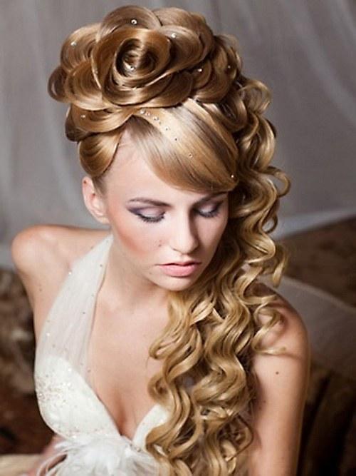 Penteado de casamento com Trança lateral estilo tiara