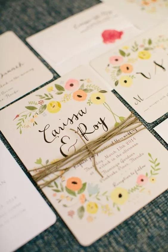 Lindo convite com flores