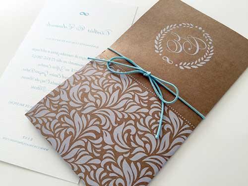 convite rústico em envelope