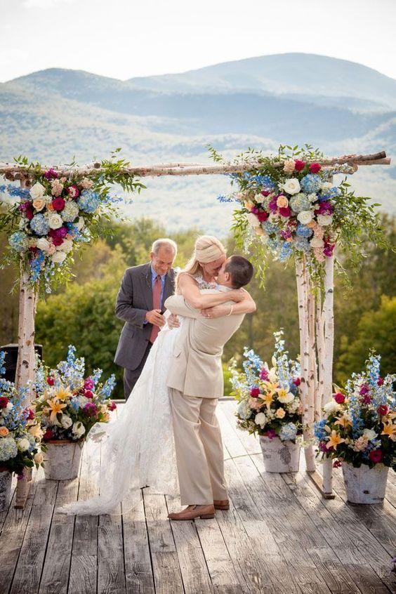 Decoração do altar para Casamentos ao ar livre