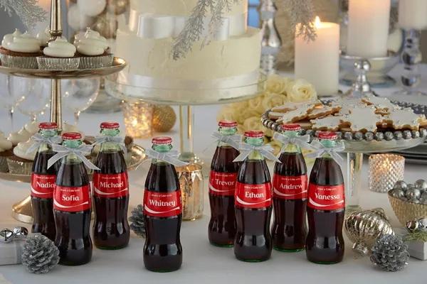 Mini coca-cola com nomes