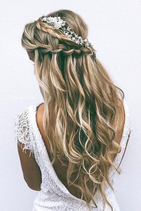 penteados para noiva pro casamento na praia