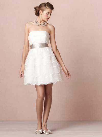 Vestido de casamento curto tomara que caia