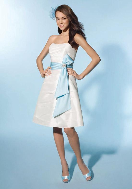 vestido curto com laço