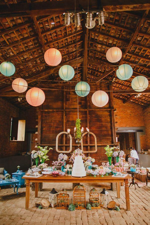Balões orientais como decoração