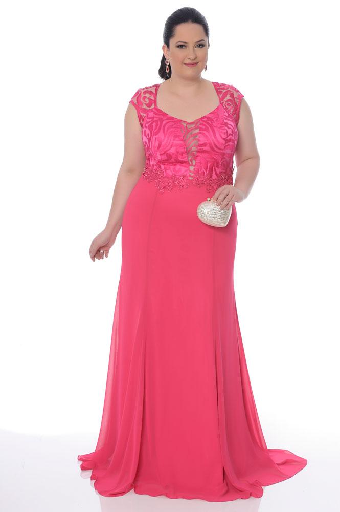 Vestido rosa plus size para madrinhas