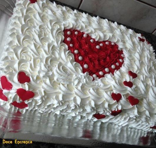 bolo simples com coração