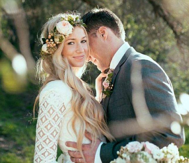 Lindos noivos com seus penteados elegantes