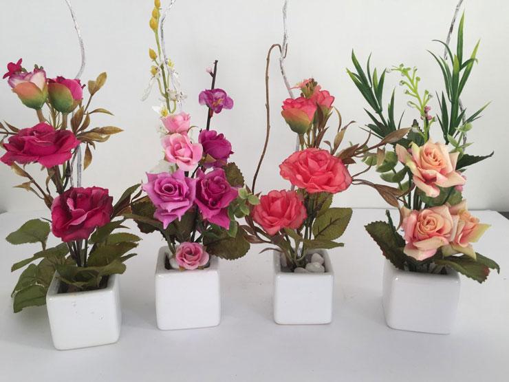 Flores artificiais bem lindas e simples