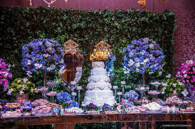 Rosa e azul vai dar uma bela de uma diferenciada na decoração de seu Casamento