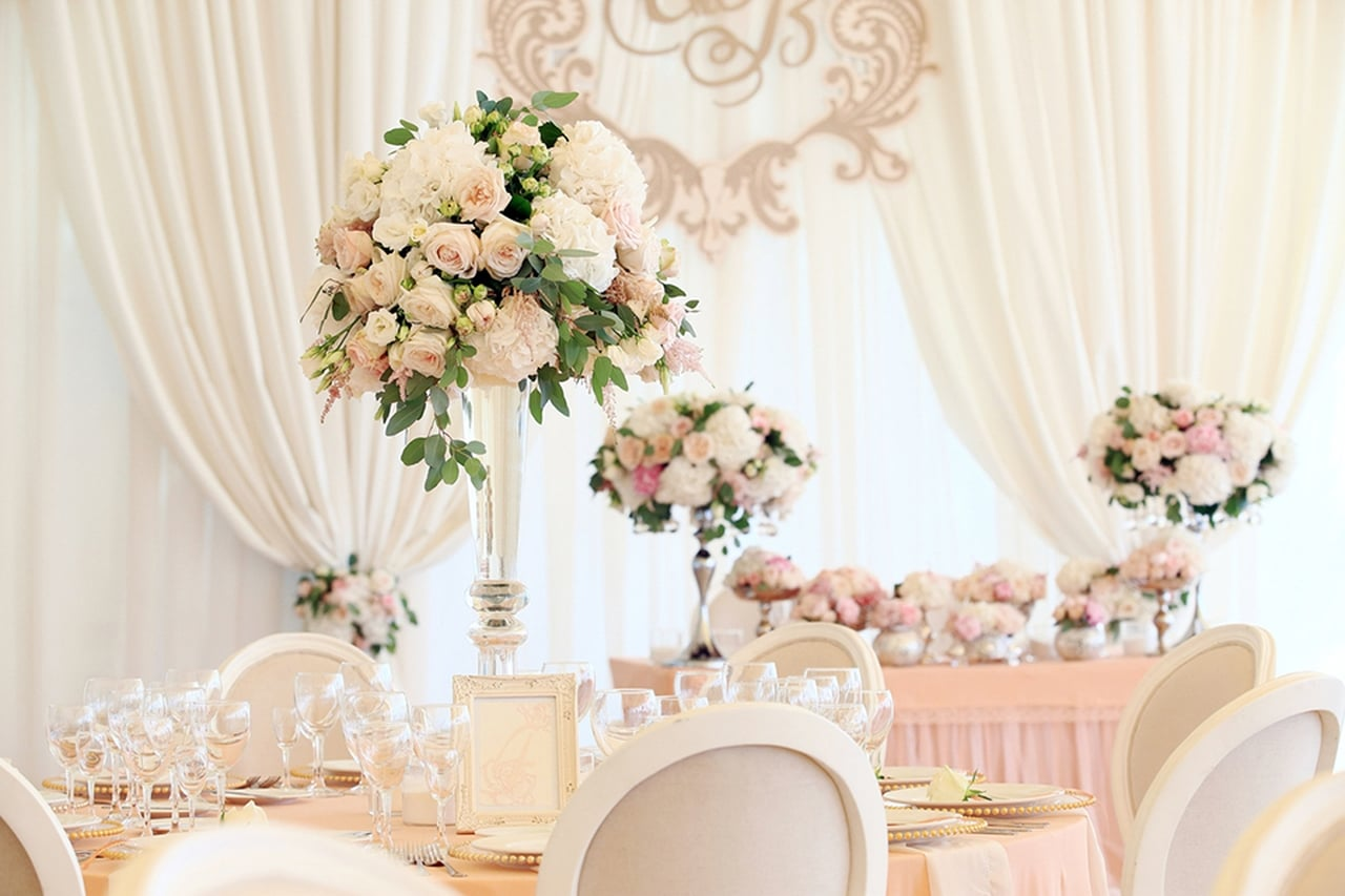 decoração charmosa e com classe? o rosa e champanhe é o ideal para isso!