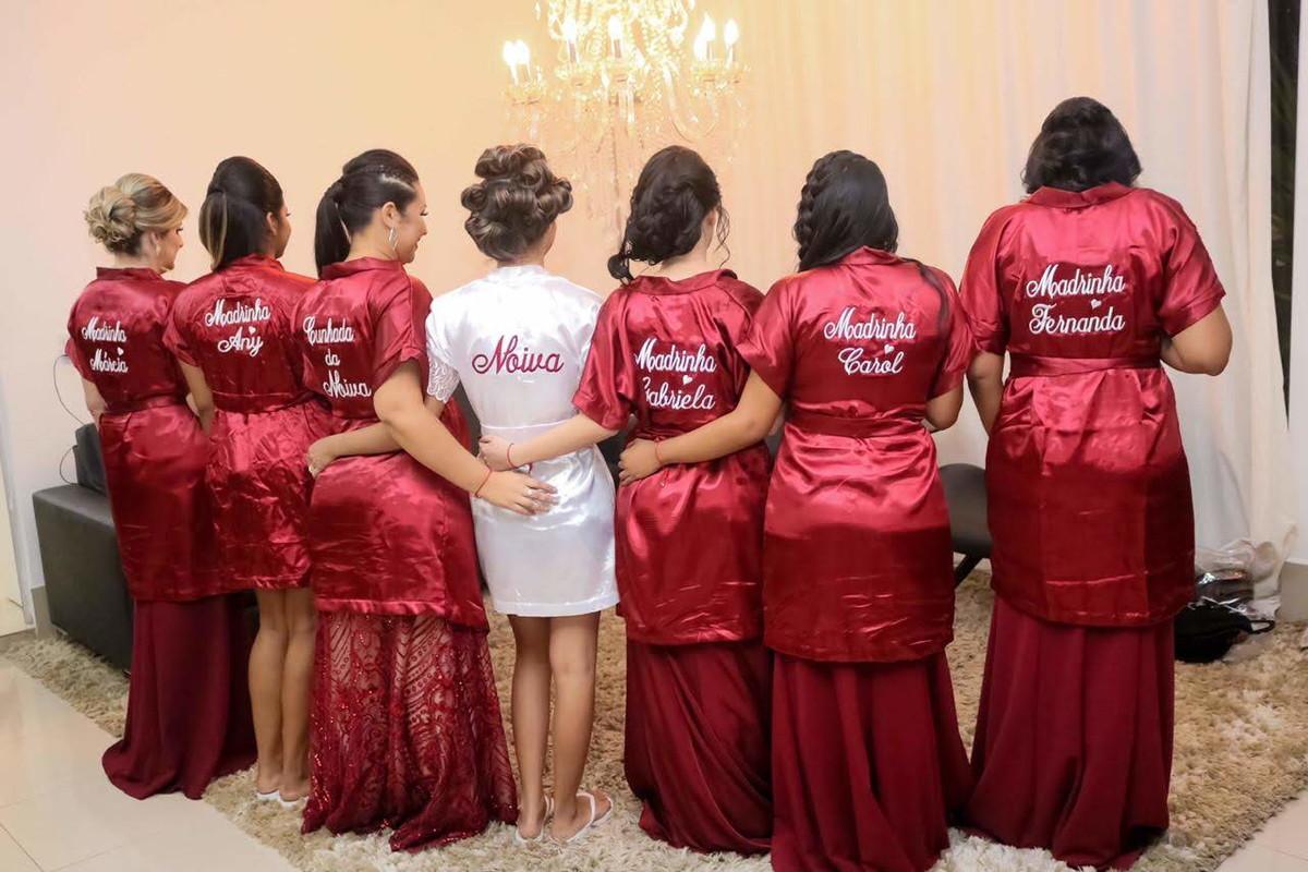 Robe de noiva e madrinhas